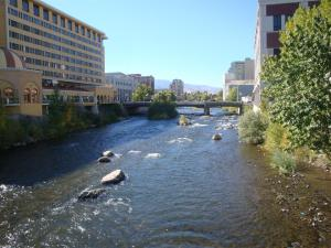 Truckee_river_reno_nevada